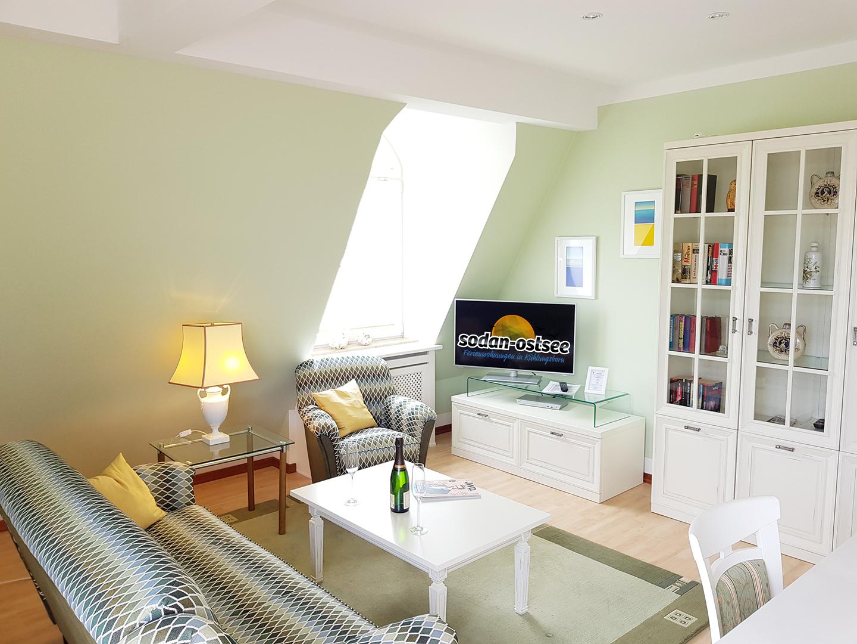 2 zimmer 2 zimmer in ostseebad k hlungsborn bis 2 personen. Black Bedroom Furniture Sets. Home Design Ideas